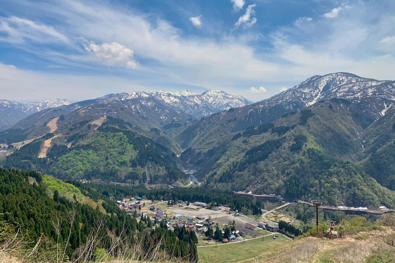 林道 高倉山線 4月