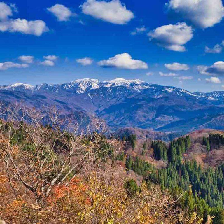 白山の絶景スポット林道白木峠線