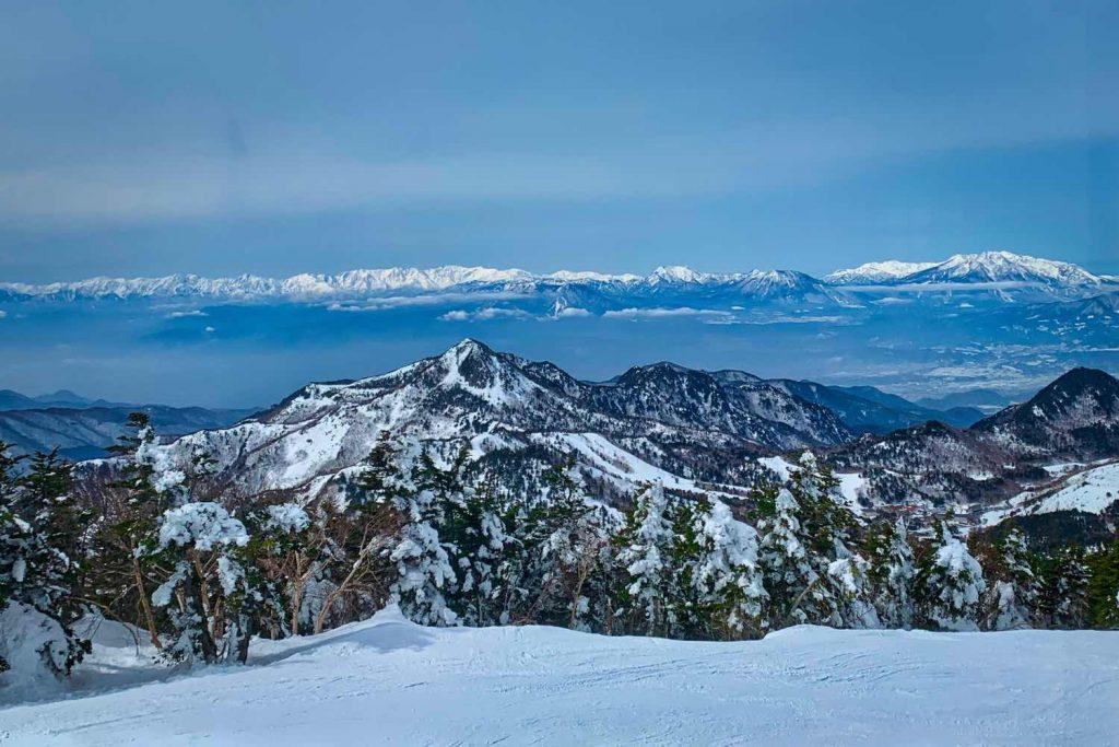 横手山・渋峠スキー場から
