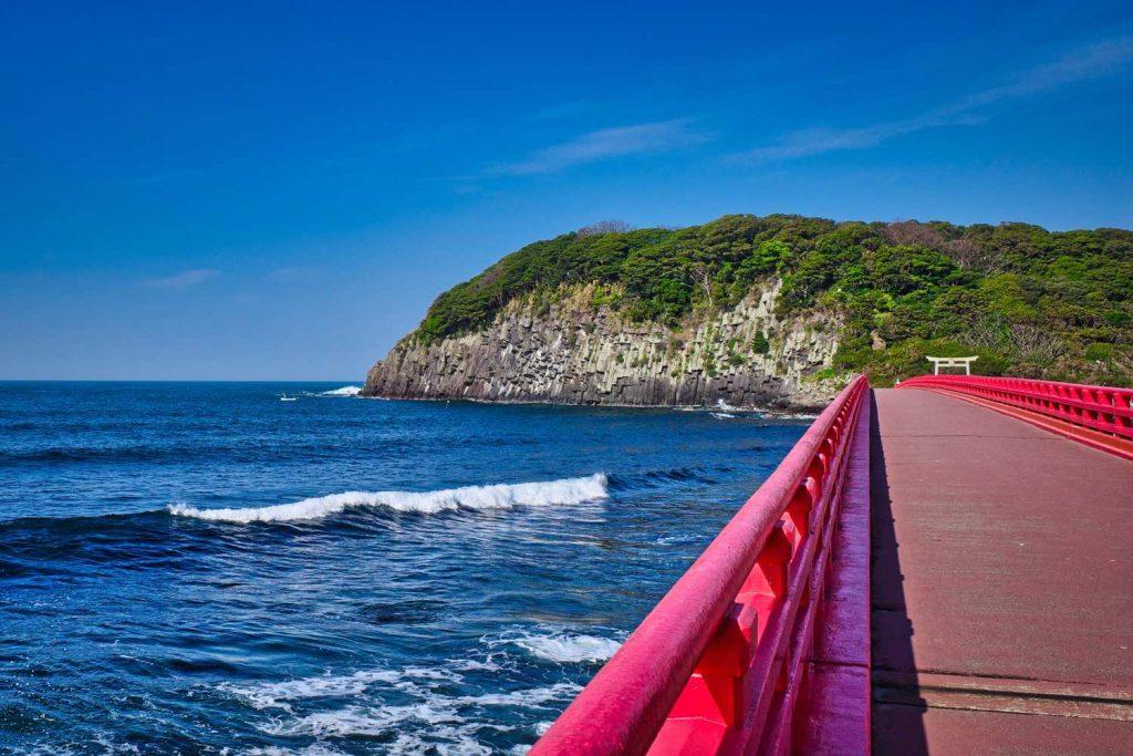 雄島橋と柱状節理