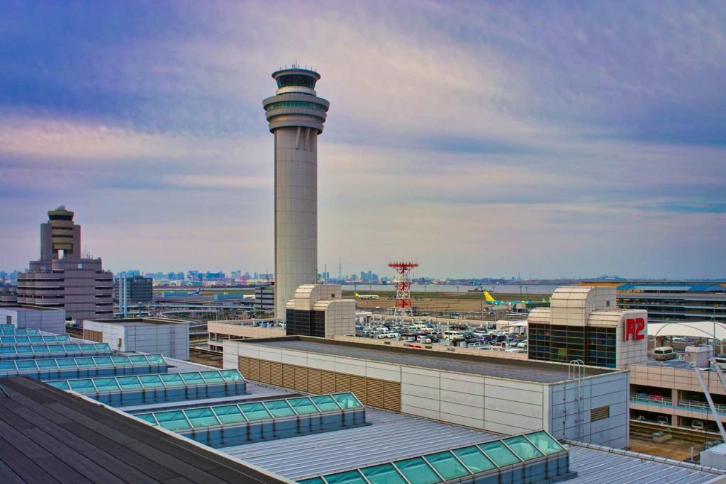 東京国際空港屋上から