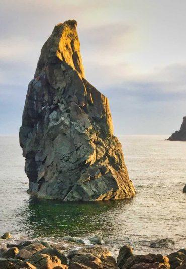 佐渡島蝋燭岩